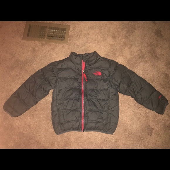 The North Face Boys Andes Down Jacket. M 5a5579b03b1608cd0d077862 4a5e71589